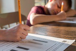Enfants et devoirs